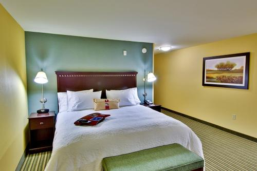 Photo - Hampton Inn and Suites Moreno Valley