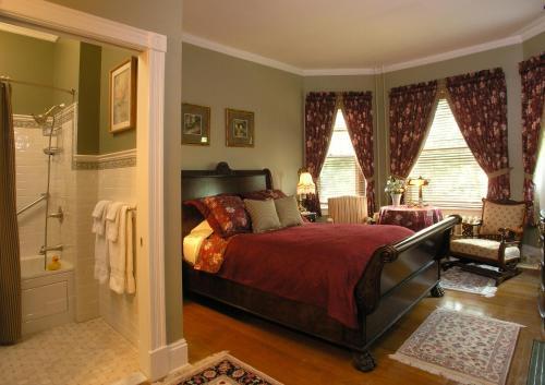 B.f. Hiestand House - Marietta, PA 17547