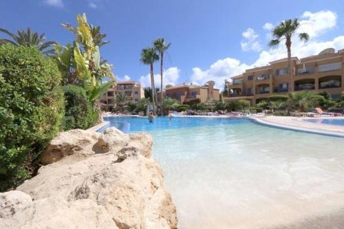 NEW in Paphos 1 BR Apt in Limnaria Gardens K203