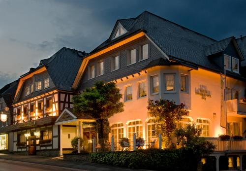 __{offers.Best_flights}__ Hotel Sauerländer Hof