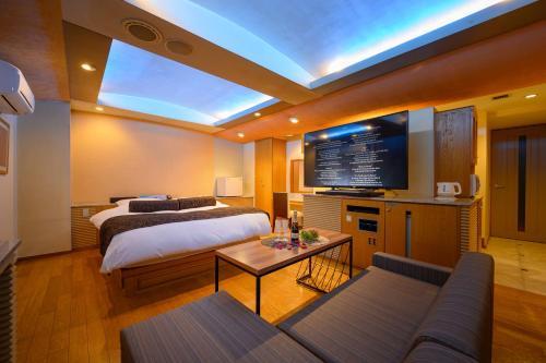. Water Hotel Mw (Love Hotel)