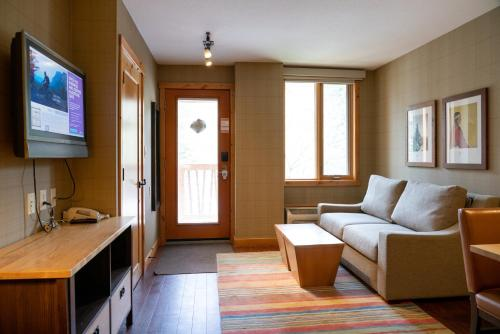 One-Bedroom Suite with Two Doubles