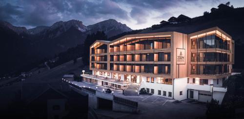 Kronplatz-Resort Berghotel Zirm Olang
