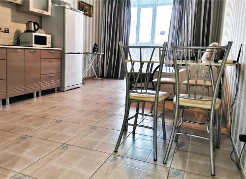 . Apartments on Donkovtseva 15 nearby Hilton Garden Inn