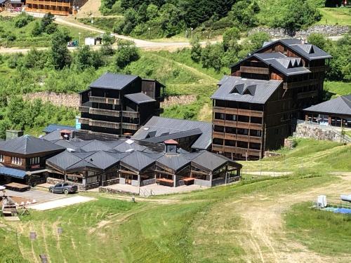 Appartement 4 personnes aux pieds des pistes, Ariège - Hotel - Ustou