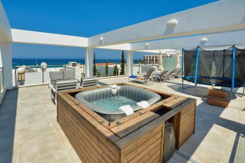 Cyprus In The Sun On The Beach Apartments Protaras