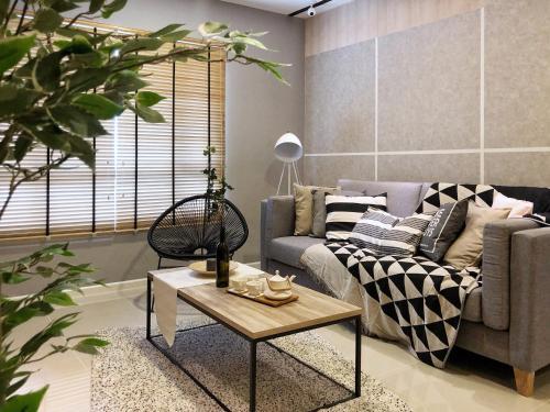 Plush & Lux 2BR Suasana Suites 2 in JB, Johor Bahru
