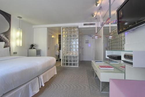 Kube Hotel Paris - Ice Bar photo 14