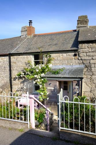 Niver Dew Holiday Cottage, Pendeen, Cornwall