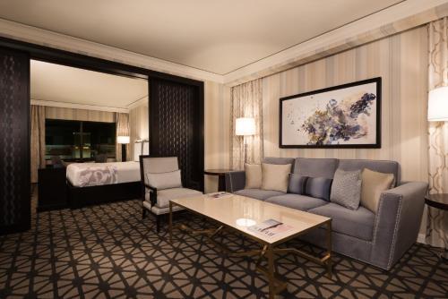 Augustus Spa Suite