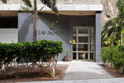 . Apartamentos Las Palmeras