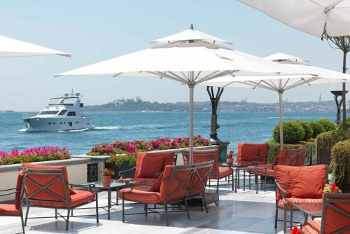 Four Seasons Hotel Istanbul at the Bosphorous - 9 of 31