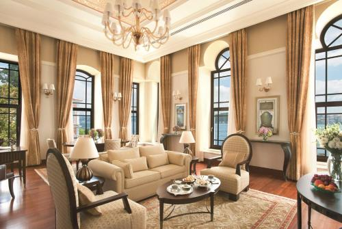 Four Seasons Hotel Istanbul at the Bosphorous - 16 of 31