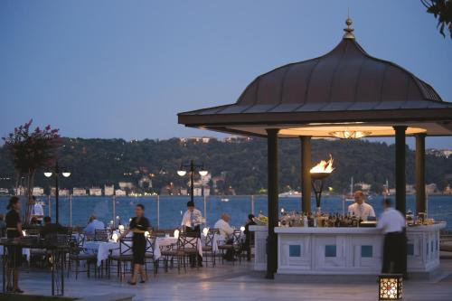 Four Seasons Hotel Istanbul at the Bosphorous - 25 of 31