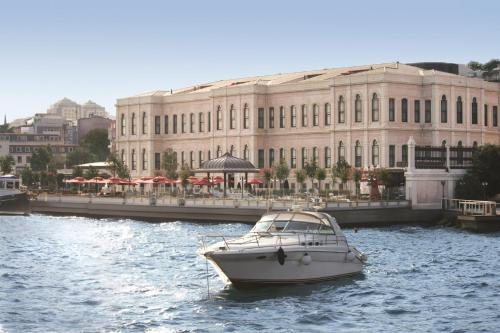 Four Seasons Hotel Istanbul at the Bosphorous - 21 of 31