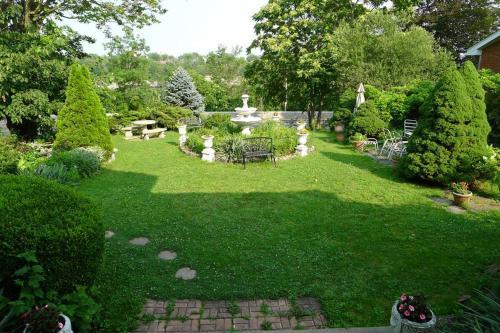 Villa Alexandrea - Accommodation - Niagara Falls