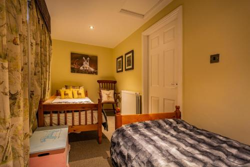 The Feathers Hotel, Helmsley, North Yorkshire - Photo 8 of 79