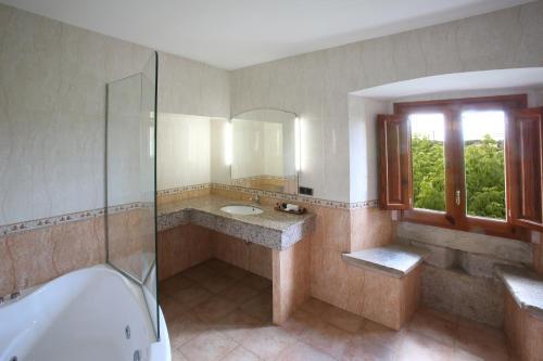 Double Room - nº 2 Jacuzzi for one person Mas la Casassa 4