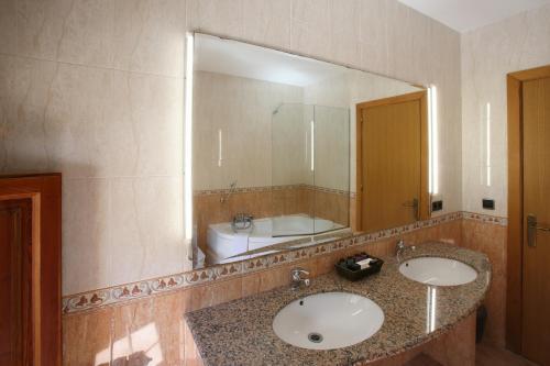 Double Room - nº 4 Jacuzzi for one person Mas la Casassa 10