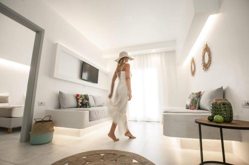 . Ios Art Studios & Luxury Apartments