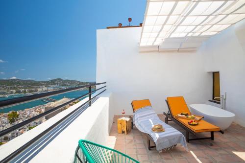 Suite with Private Terrace Hotel La Torre del Canonigo - Small Luxury Hotels 6