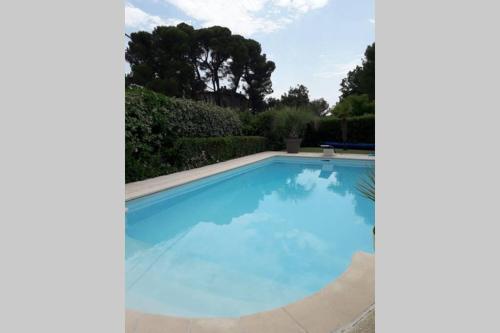 Villa avec piscine privee - Location, gîte - Pierrevert