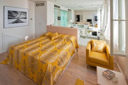 Фото отеля Riva Luxury Suites