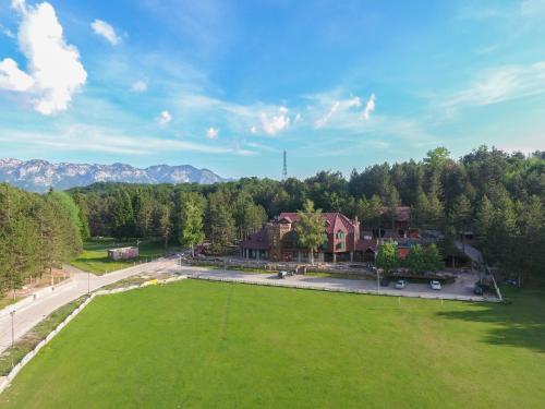 . Natyral Razma Resort