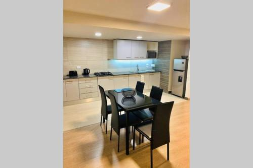 Spacious Luxurious Apartment - Very Well Located