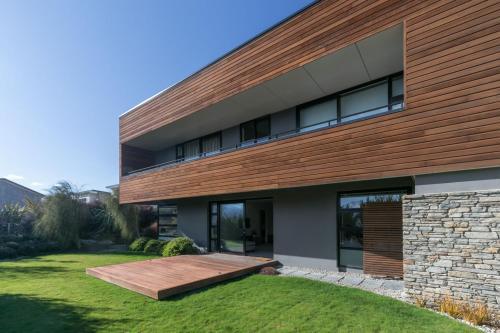 Clutha Place - Sleeps 8 - Lake & Mountain Views - Modern & Stylish - Hotel - Wanaka