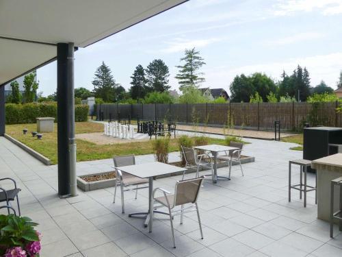 Aparthotel Adagio Bâle Mulhouse Aeroport - Apartment - Blotzheim