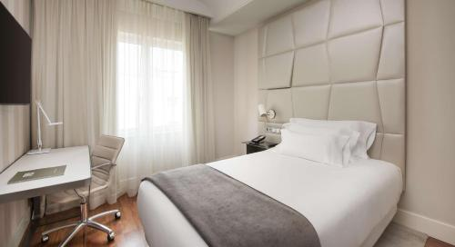 NH Collection Madrid Colón - image 9