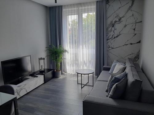 . Apartament 63