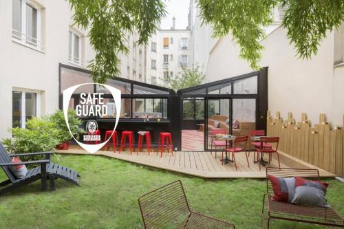 Hotel Izzy By Happyculture, Paris West