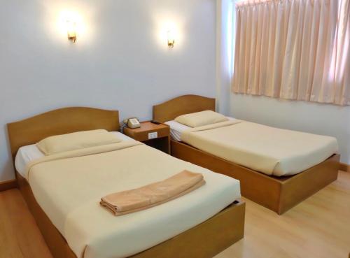 ウートン ホテル U-Thong Hotel