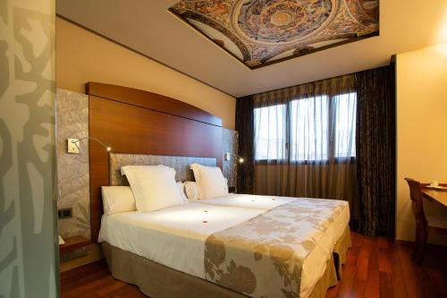 Hotel Sancho Abarca - Huesca