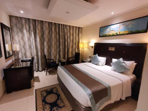 Oyo 109 Smana Hotel Al Raffa