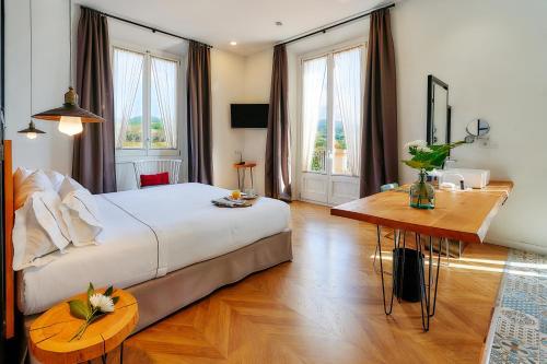 Habitación Doble Superior con terraza Hotel Arrey Alella 1