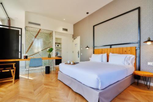 Habitación Doble Superior con terraza Hotel Arrey Alella 2