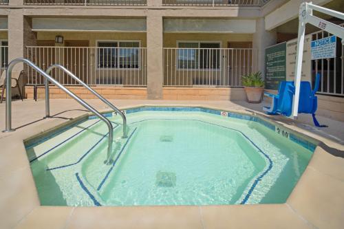 Best Western San Diego/Miramar Hotel - San Diego, CA CA 92126
