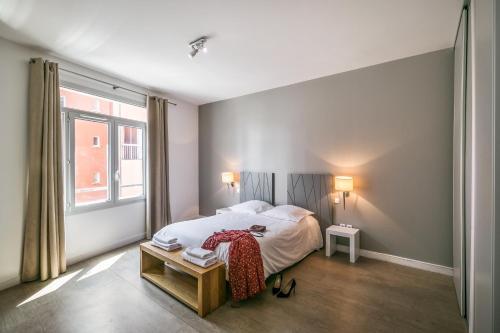Zenitude Hôtel-Résidences Lorda - Accommodation - Lourdes
