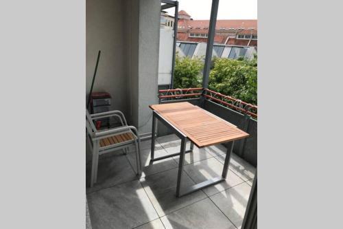 No chain in Ruhige Wohnung mit Terrasse - Stadtmitte Esslingen Kiesstraße 12 Ruhige Wohnung mit Terrasse - Stadtmitte Esslingen