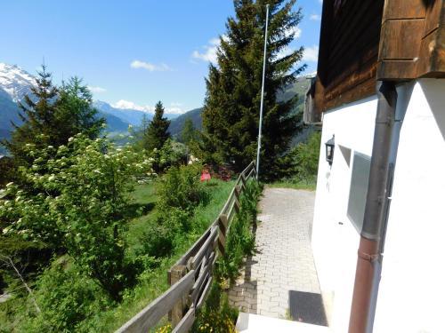 Ferienwohnung Traumzeit - Hotel - Bellwald