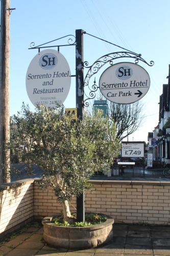 . Sorrento Hotel & Restaurant