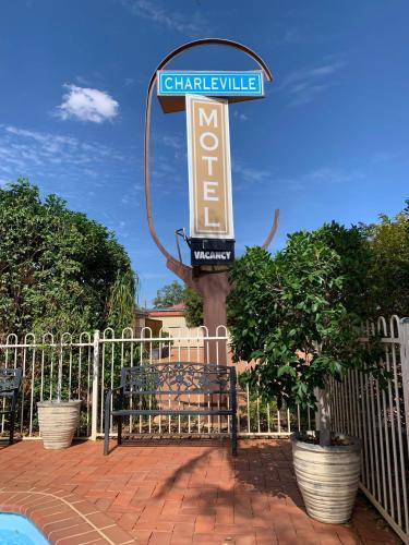 . Charleville Motel