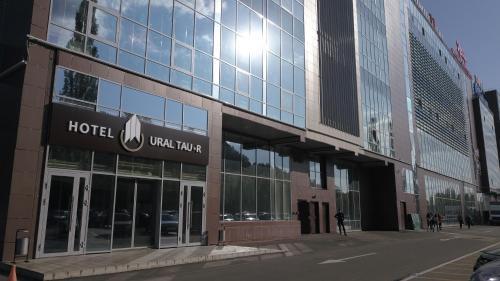 . Ural Tau r