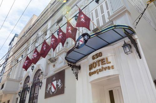 . Hotel Gonçalves- Próximo a Santa Casa de Porto Alegre