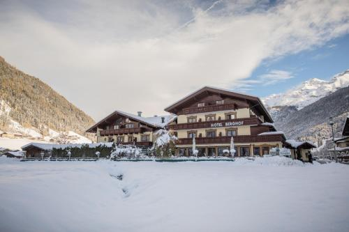 Hotel Berghof - Neustift im Stubaital