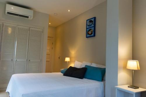 . Central Hotel Bonaire