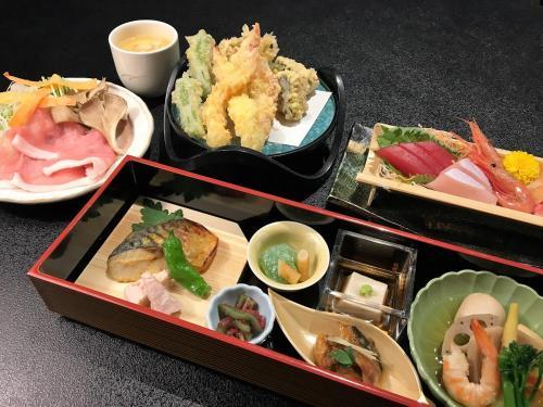 Kagamigaike Hekizantei - Hotel - Nihommatsu